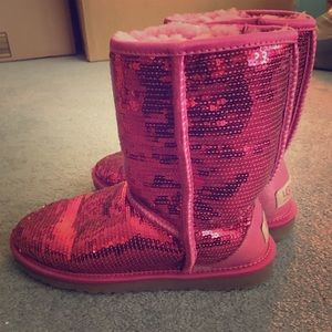 Pink sequin UGG boots. Size 6. NEVER WORN!